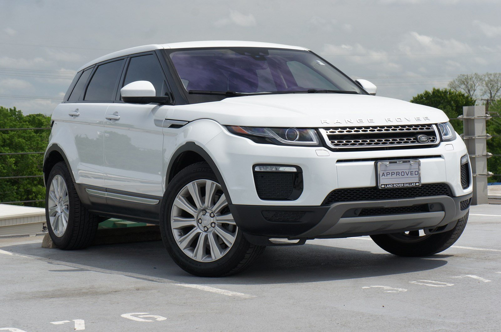 certified pre owned 2018 land rover range rover evoque hse. Black Bedroom Furniture Sets. Home Design Ideas